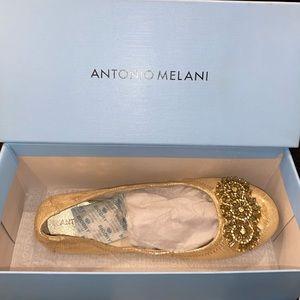 Antonio Melani Flats. New.